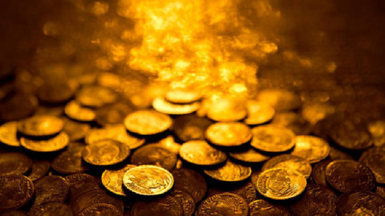 Menabung Uang Koin Hasil Angkringan