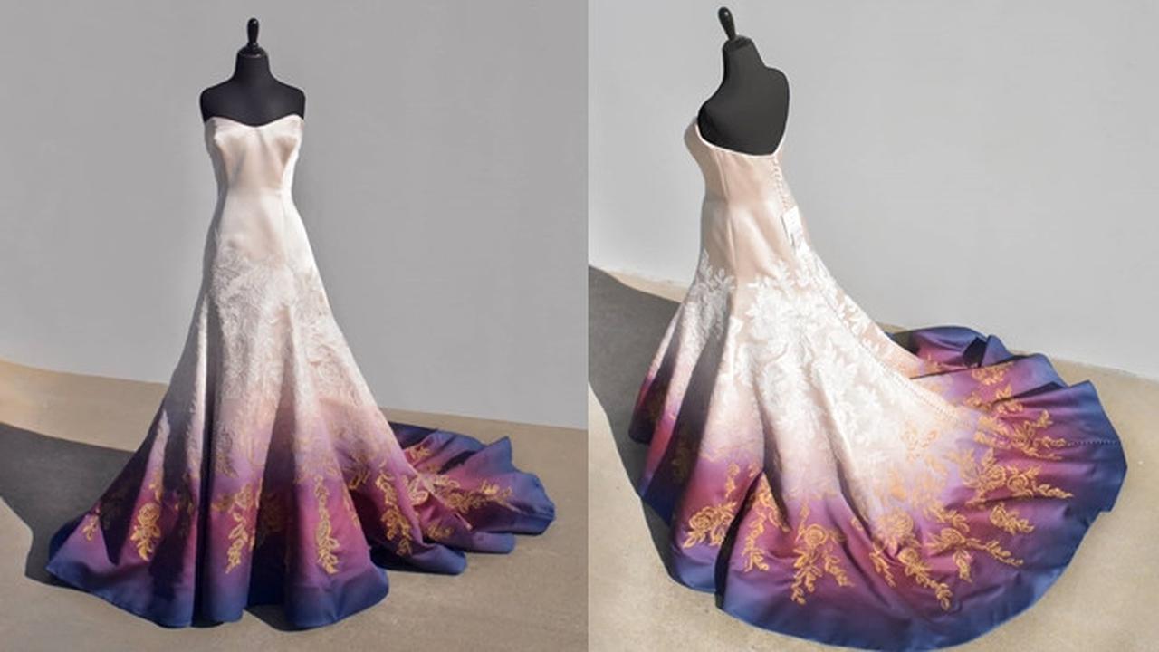 Seniman Ini Gunakan Gaun Pengantin Jadi Media Lukis